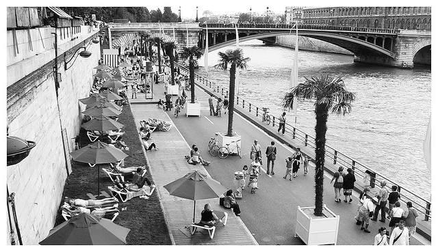 Jak spędzić lato w Paryżu?