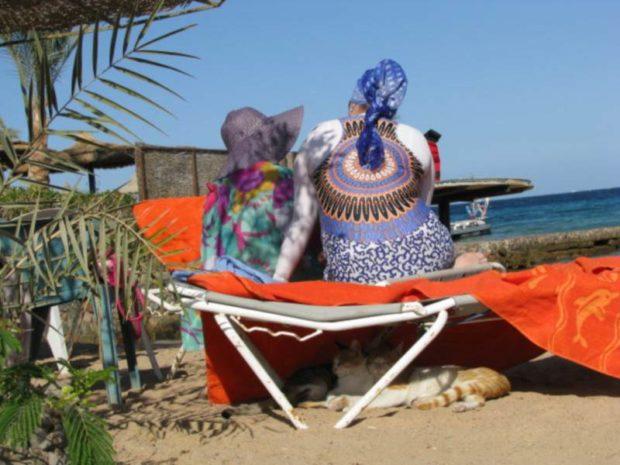 w bikini na plazy