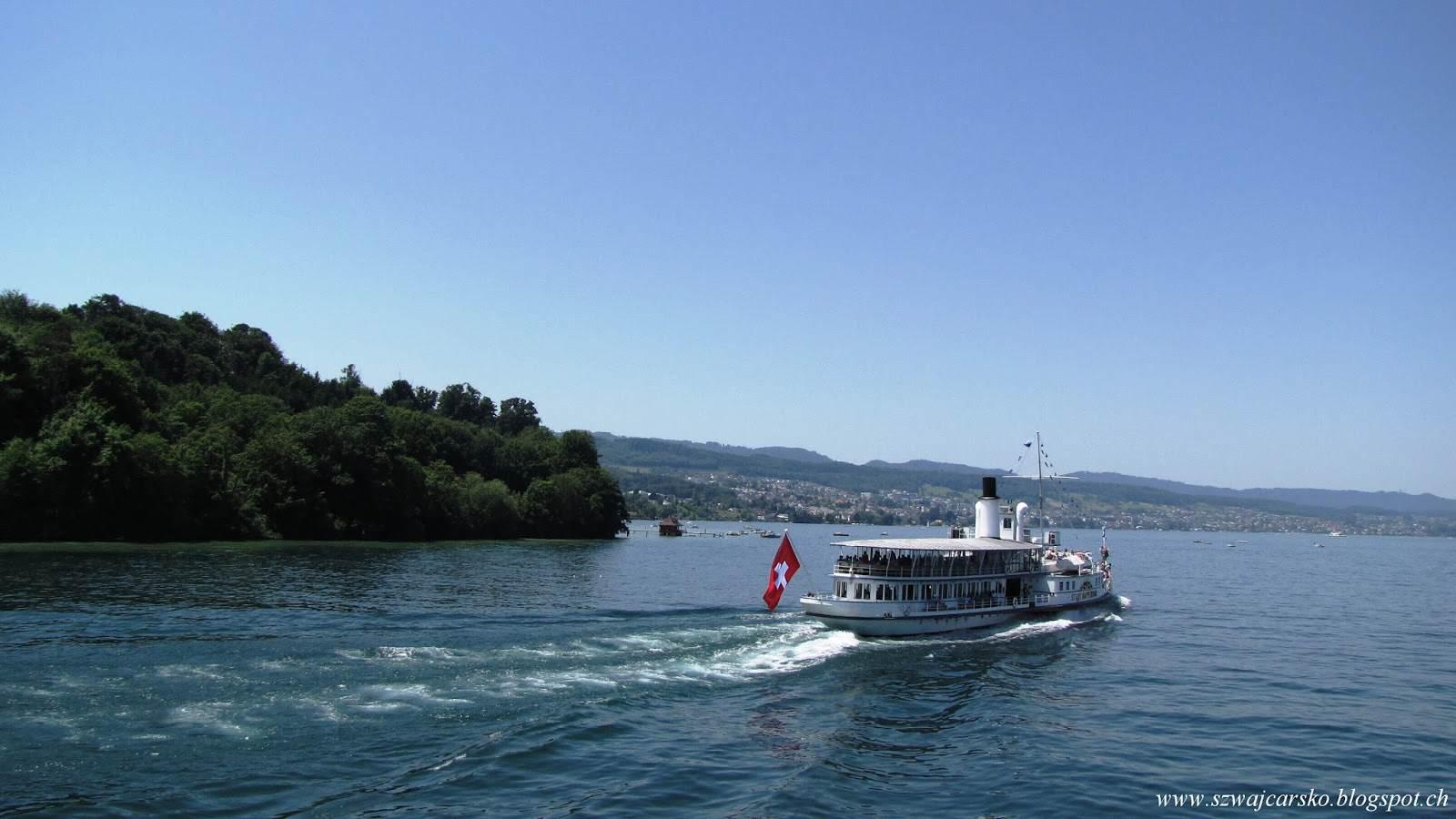 Czterogodzinny rejs statkiem po Zürichsee.