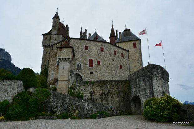 16 Chateau de Menthon