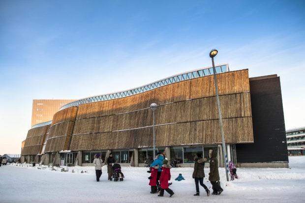 Nuuk64