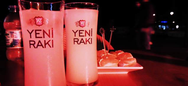 Czy Turcy piją alkohol?