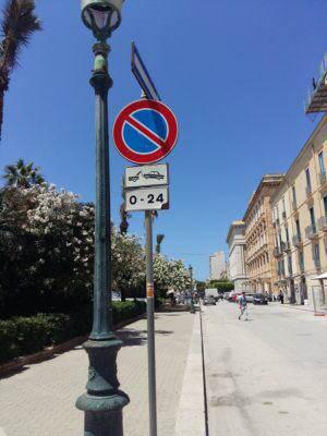 Parkowanie na Sycylii…