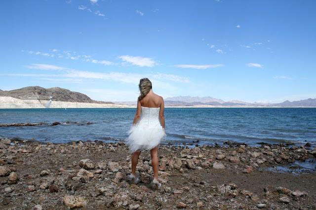 Z suknią ślubną w podróży…