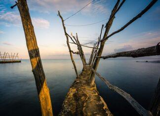 prawie milion ton odpadów trafia codziennie do morza Śródziemnego