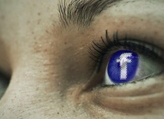 oczy facebooka